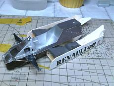 [AUTO] Renault RE30B-wip-07.jpg