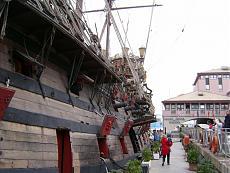 Galeone pirata di Genova-12100960.jpg