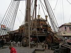 Galeone pirata di Genova-12100963.jpg