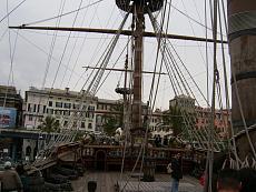 Galeone pirata di Genova-12100965.jpg