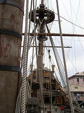 Galeone pirata di Genova-12100976.jpg