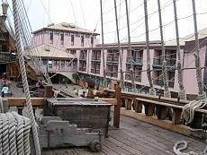 Galeone pirata di Genova-12100978.jpg