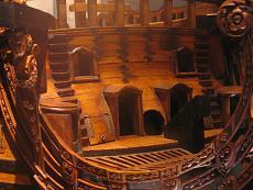 Galeone pirata di Genova-esatta-struttura-della-prua..jpg