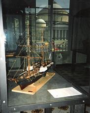 a grande richiesta...i piani della Victory del 1765-modello-1-48-esposizione-palazzo-reale.jpg