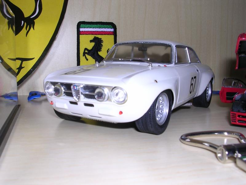 Alfa-Romeo GTAM 2000 1971 Hand-made by myself nel 1995 su base kit 1:24 Gunze-Sangyo del 1992.